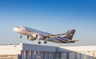 acj320neo_takes_to_the_skies_for_the_first_time