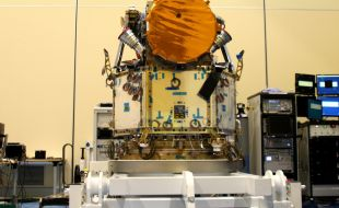 airbus_completes_the_integration_of_cheops_satellite