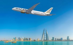 boeing_delivers_first_787_dreamliner_for_gulf_air