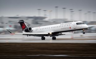 bombardier_sells_nine_crj900_aircraft_to_chorus_aviation