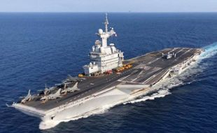 Danish radars on French aircraft carrier - Κεντρική Εικόνα