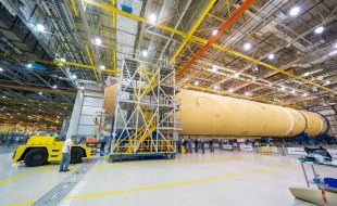 Boeing Contracted to Build Rocket Stages for NASA's Artemis Missions - Κεντρική Εικόνα