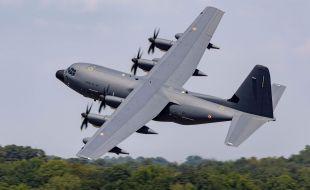 France's Armée De L' Air Receives First KC-130J Super Hercules Aerial Refueler - Κεντρική Εικόνα