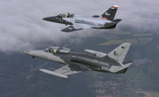 l-159_l-39cw-foto-by-katsuhiko-tokunaga_aero_vodochody_and_israel_aerospace_industries_strengthening_ties_by_cooperating_on_light_jets