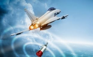 Leonardo's BriteCloud decoy flies toward service on RAF Typhoons - Κεντρική Εικόνα