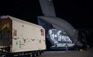 Second Lockheed Martin-Built GPS III Satellite For The U.S. Air Force Arrives In Cape Canaveral For July Launch - Κεντρική Εικόνα