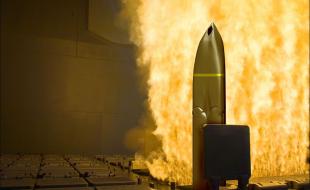 lockheed_martins_long_range_anti-ship_missile_reaches_early_operational_capability_eoc_status_on_u.s._air_force_b-1b