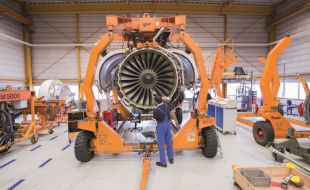 mtu_maintenance_and_tunisair_technics_sign_cfm56_engine_maintenance_contract