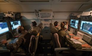 northrop_grumman_awarded_17.5_million_contract_for_fifth_generation_upgrade_of_e-8c_joint_stars_central_computers