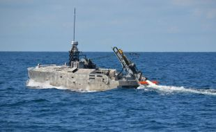 Northrop Grumman Successfully Completes Initial In-Water Testing of the AQS-24 Mine Hunting Sonar Using a Next Generation Deploy and Retrieval Payload - Κεντρική Εικόνα