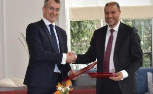 renault_trucks_defense_and_thales_sign_a_memorandum_of_understanding_in_the_hague_for_exports_markets
