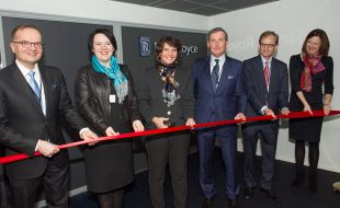 rolls-royce_opens_autonomous_ship_research_and_development_centre_in_finland