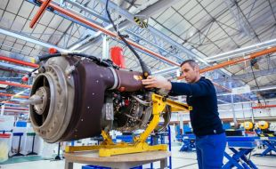 Safran to continue supporting UK MOD Merlin and Apache helicopter engines - Κεντρική Εικόνα