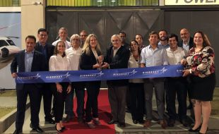 sikorsky_commemorates_the_launch_of_its_new_forward_stocking_location_in_barra_da_tijuca_with_a_ribbon_cutting_ceremony_on_june_7