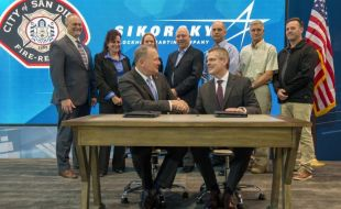 sikorsky_signs_with_san_diego_fire-rescue_air_operations_to_deliver_s-70i_firehawkr