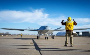 u.s._navy_awards_boeing_805_million_mq-25_contract