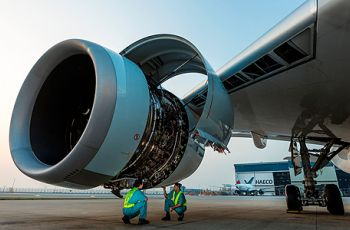 haeco_hong_kong_mechanics_performing_an_inspection_on_a_trent_xwb_engine._picture_courtesy_of_haeco_hong_kong