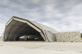 Saab Delivers Deployable Maintenance Facility to Hungary - Κεντρική Εικόνα