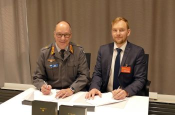 The Finnish Defence Forces and Senop Oy signed a letter of intent on the development of image intensifiers and laser sights - Κεντρική Εικόνα