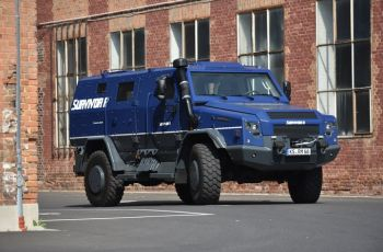 Rheinmetall MAN Survivor R special protected vehicle on show at GPEC 2020 international security exhibition in Frankfurt/Main - Κεντρική Εικόνα
