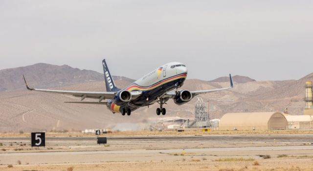boeing_delivers_first_737-800_boeing_converted_freighter