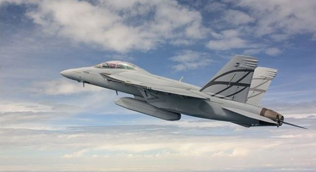 Raytheon Company wins $88 million U.S. Navy contract for modification and upgrade of sensor software for F/A-18 and F/A-18G aircraft - Κεντρική Εικόνα
