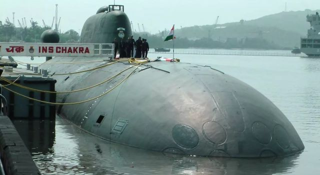 India signs $3 bn submarine deal with Russia: reports - Κεντρική Εικόνα