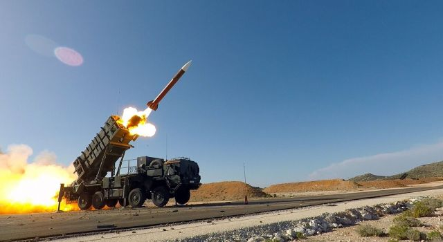 Raytheon awarded $551 million US Army contract to begin production of Patriot™ for the Kingdom of Bahrain - Κεντρική Εικόνα