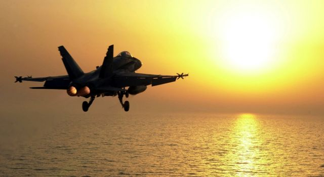 u.s._navy_extends_sustainment_and_support_contract_with_rockwell_collins_for_f_a-18_avionics_displays