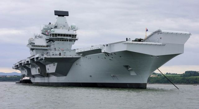 uks_new_aircraft_carriers