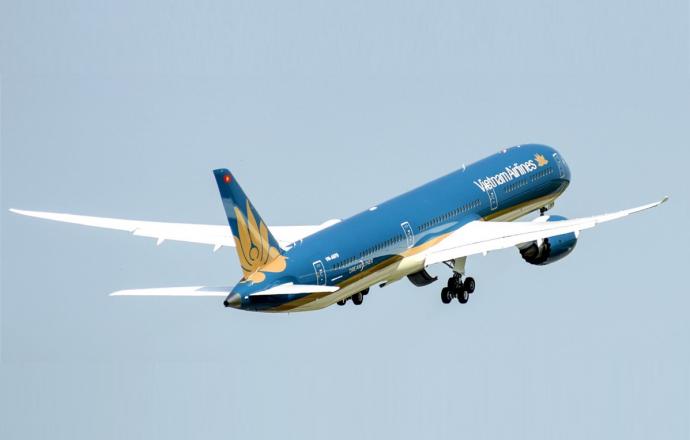 Vietnam Airlines Flies Its First Boeing 787-10 Dreamliner - Κεντρική Εικόνα
