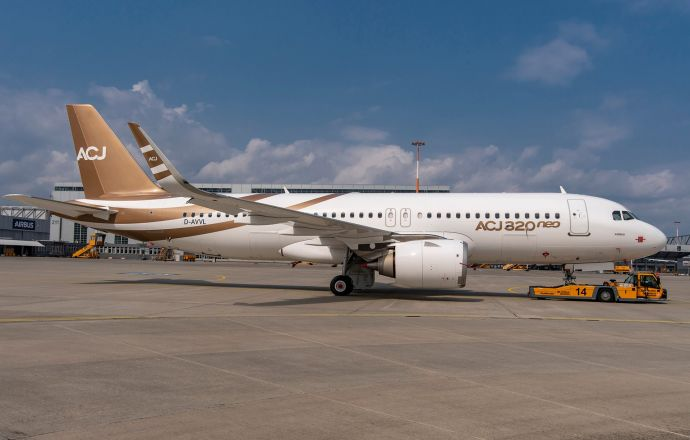 first_acj320neo_is_assembled_airbus