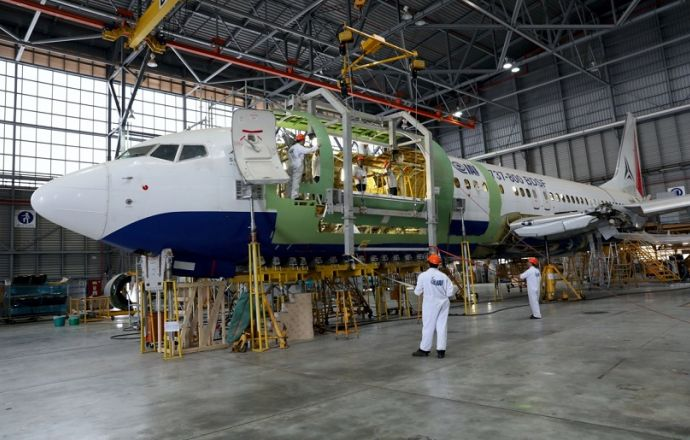 FAA and CAAI Certify IAI's Conversion of Boeing B737-800 Aircraft From Passenger to Freighter Configuration - Κεντρική Εικόνα