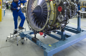 mtu_maintenance_and_air_burkina_sign_exclusive_cf34-8e_engine_maintenance_contract