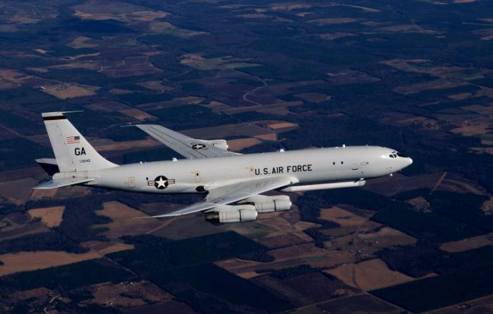 us_air_force_extends_e-8c_joint_stars_fleet_support_partnership_with_northrop_grumman
